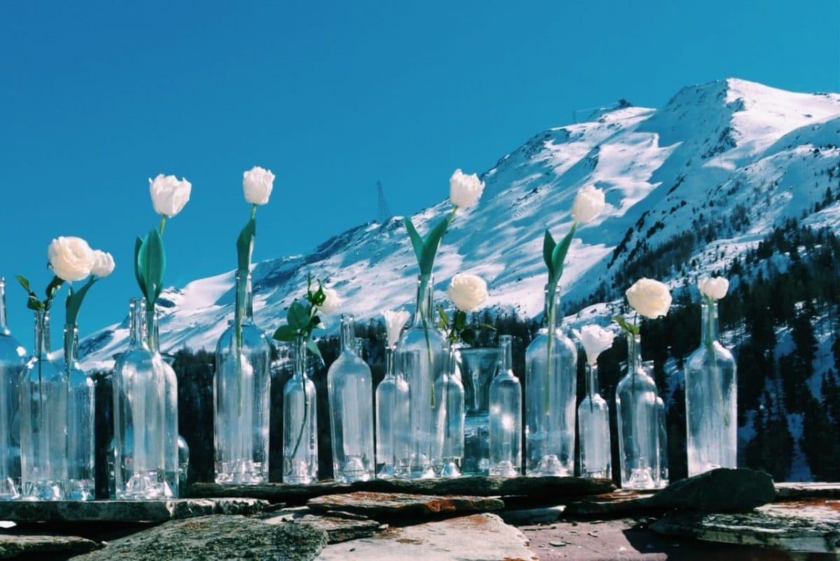 """Op reis met wereldwijf Laura """"Genieten van kilometers piste en terrasjes in de zon in Zwitserland"""""""