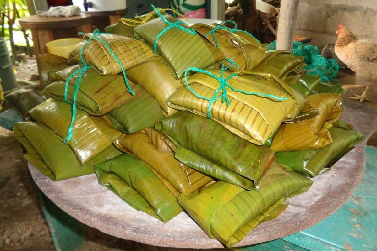 In Guatemala krijgt iedereen een kerstpakketje: tamales om middernacht!